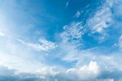 Blauwe hemel met wolk Royalty-vrije Stock Foto