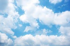 Blauwe hemel met wolkenclose-up Royalty-vrije Stock Fotografie