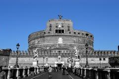 Blauwe hemel over Sant Angelo Castle Stock Foto's
