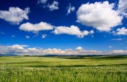 Blauwe hemel in Slowakije Stock Foto's