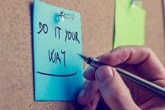 Blauwe herinnering met de raad om het te doen uw manier Royalty-vrije Stock Foto