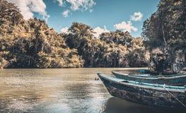 Blauwe houten boten Royalty-vrije Stock Afbeelding