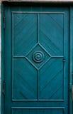Blauwe houten deur stock foto's