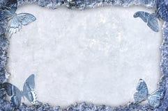 Blauwe ijs frame achtergrond met vlinders Stock Foto's