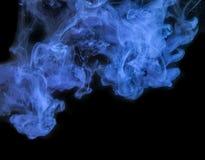 Blauwe Inkt in water. Stock Afbeeldingen