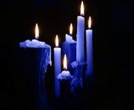 Blauwe kaarsen royalty-vrije stock afbeelding