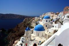 Blauwe Koepels van Oia, Santorini Royalty-vrije Stock Foto's
