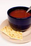 Blauwe Kom de Soep van de Tomaat Royalty-vrije Stock Foto's