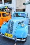 Blauwe Konvooi uitstekende auto bij Klassieke motorshow op de dag van Australië royalty-vrije stock foto