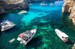 Blauwe lagune in Comino - Malta Stock Afbeelding