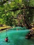 Blauwe lagune in Vang Vieng, Laos Stock Foto's
