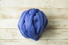 Blauwe merinoswolbal Royalty-vrije Stock Foto