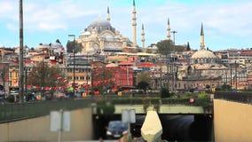 Blauwe moskee en het verkeer stock video