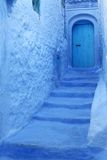 Blauwe muurachtergrond Stock Foto's