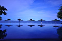 Blauwe oceaan in Hua Hin Thailand Stock Foto's
