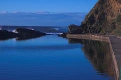 Blauwe overzees en hemel Stock Fotografie