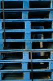 Blauwe Pallets Royalty-vrije Stock Foto's