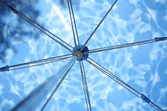 Blauwe paraplu Royalty-vrije Stock Fotografie
