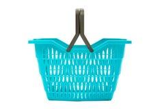 Blauwe plastic die het winkelen mand op wit wordt geïsoleerd. Royalty-vrije Stock Foto