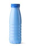 Blauwe plastic fles voor zuivelvoedsel Stock Afbeeldingen