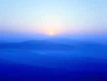 Blauwe randbergen stock afbeeldingen