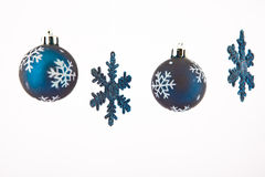 Blauwe sterren met de ballen van Kerstmis Stock Afbeelding