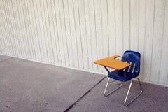 Blauwe stoel met wapenrust Stock Afbeelding