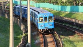 Blauwe trein stock footage