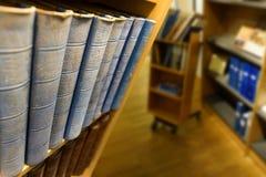 Blauwe uitstekende boeken royalty-vrije stock fotografie