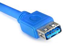 Blauwe usb 3 kabel 0 op witte achtergrond wordt geïsoleerd die Stock Foto
