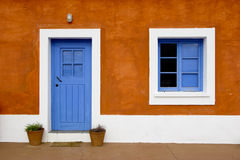 Blauwe venster en deur royalty-vrije stock foto's