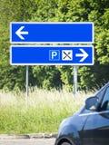 Blauwe verkeersteken Stock Afbeeldingen