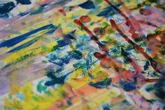 Blauwe violette gele rode verf, witte was, waterverf abstracte achtergrond Stock Afbeeldingen