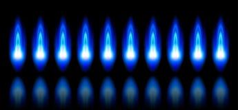 Blauwe vlammen van een brandend aardgas Royalty-vrije Stock Foto's