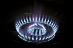Blauwe vlammen van met gas Stock Foto