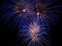 Blauwe Vuurwerkslepen Stock Fotografie