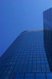 Blauwe wolkenkrabber Stock Foto's