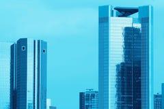 Blauwe Wolkenkrabbers Stock Afbeelding