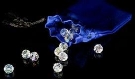 Blauwe zak en diamanten Royalty-vrije Stock Foto's