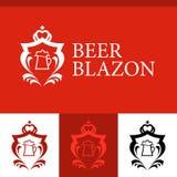 Blazon z kubkiem piwo royalty ilustracja