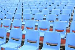 Bleachers blu vuoti Fotografia Stock Libera da Diritti