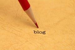Bleistift auf Blogtext Lizenzfreies Stockfoto
