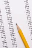 Bleistift auf Dokumenten Lizenzfreies Stockbild