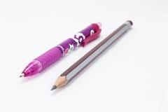 Bleistift mit einem rosa Stift Lizenzfreies Stockfoto