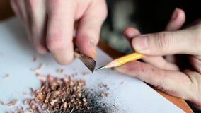 Bleistift schärfen im Extremabschluß oben stock video