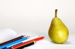 Bleistift-stellen Sie und Birne ein Lizenzfreie Stockbilder