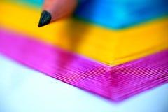 Bleistift und Belegauflage Lizenzfreie Stockbilder