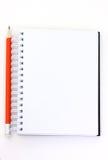 Bleistift und Broschüre Stockfoto