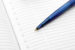 Bleistift und Terminkalender Lizenzfreies Stockfoto