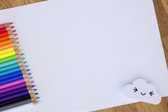Bleistifte auf dem Weiß Lizenzfreie Stockfotos